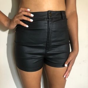 NEW HIGH WAISTED VEGAN LEATHER SHORTS